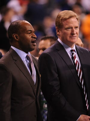 NFLPA head DeMaurice Smith and NFL commissioner Roger Goodell