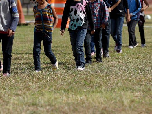 Patrulla Fronteriza realizó; un tour con los medios, en los albergues de niños centroamericanos  inmigrantes, en Nogales, Arizona y Brownsville, Texas.