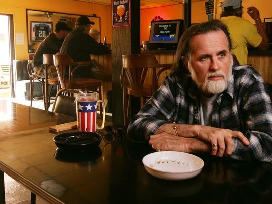 Jonathan Long, Bobby's Idle Hour