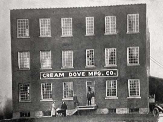 The Cream Dove building on Alice Street in 1920, which later became Binghamton Knitting Co.