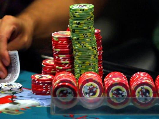 Poker FILE 02.jpg