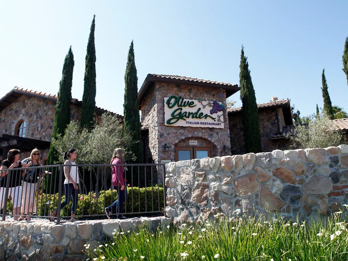Arizona companies hiring 100 or more in may for Olive garden locations phoenix