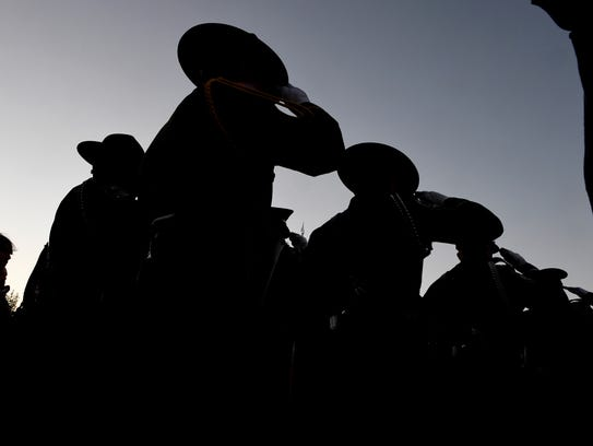 No central database of police officers' career records exists in Arizona.