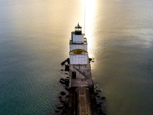636222379359078628-Manitowoc-Lighthouse---Drone.jpg