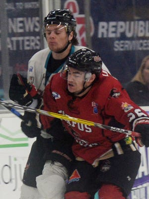 The first-round series between the Shreveport Mudbugs and Corpus Christi shifts to the Texas Gulf coast Wednesday.