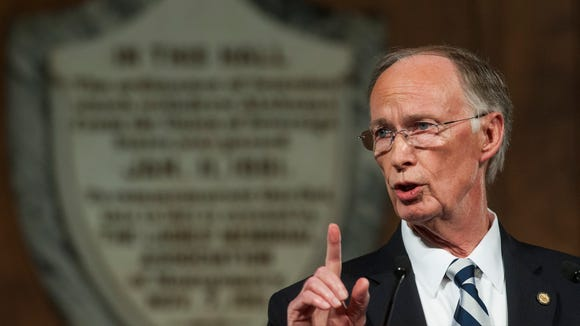 The 73-year-old Republican had a reputation for being morally upright in a state that has seen its share of corruption scandals, including pending charges against the current speaker of the House.