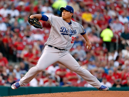 Los Angeles Dodgers starting pitcher Hyun-Jin Ryu throws during the first inning of a baseball game against the St. Louis Cardinals Wednesday, May 31, 2017, in St. Louis. (AP Photo/Jeff Roberson)