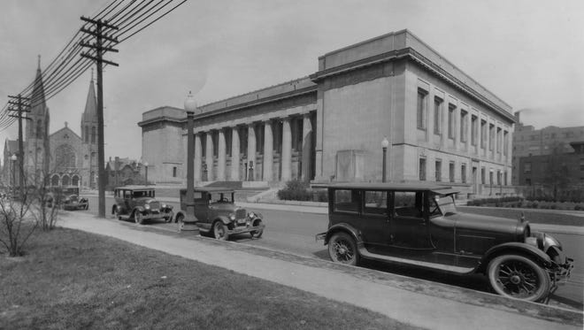 1928 photo of the Indianapolis Central Library on land donated by James Whitcomb Riley at St. Clair between Pennsylvania and Meridian Streets.