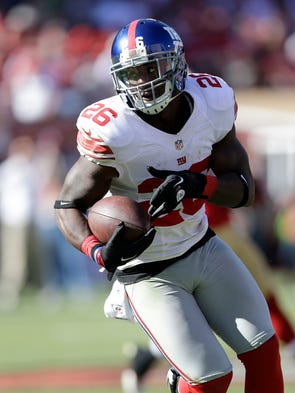 New York Giants free safety Antrel Rolle (26) against