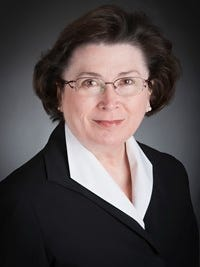 Linda Bennett, third president of the University of Southern Indiana