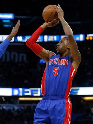 Apr 12, 2017; Orlando, FL, USA; Pistons guard Kentavious Caldwell-Pope shoots against the Magic during the first quarter at Amway Center.