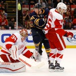 O'Reilly, Larsson rally Sabres to 2-1 win over Red Wings