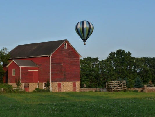 635720577875858563-Balloon-6