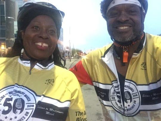 Cassandra Spratllng and brother Reggie Spratling take a selfie during the Wayne State University training ride.