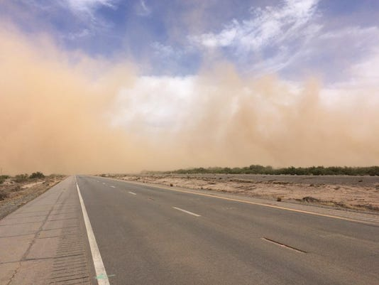 I-10 blowing dust