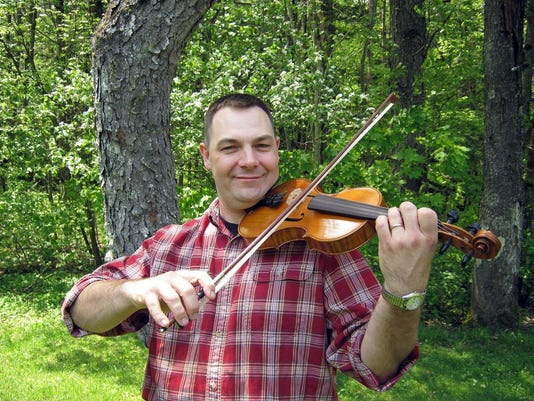 Chad_Miller_with_Fiddle_May_16_2012c