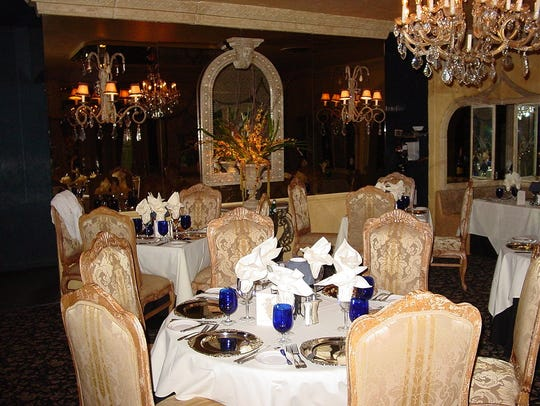 The dining room at Melvyn's at Ingleside Inn in Palm