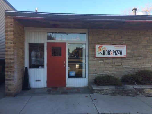 636246779068639568-Bob-s-Pizza.JPG