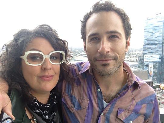 """""""The Voice"""" alums Sarah Potenza and Joshua Davis visit"""