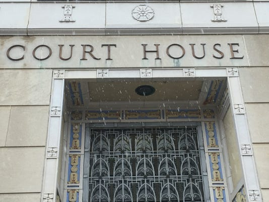 636289117249206905-fefderal-court-house.jpg