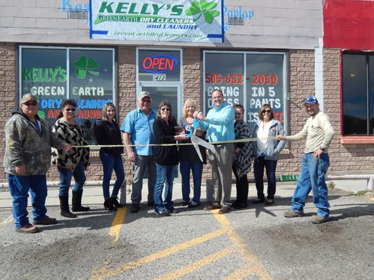 Ribbon cutting at Kelly's Dry Cleaners