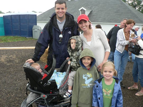 June Dairy Month farm breakfasts are a family affair.