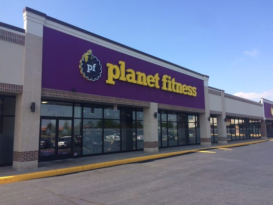 636326103548420109-planet-fitness.JPG