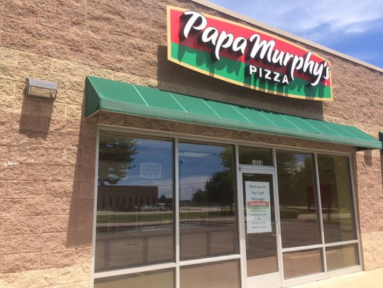 Papa Murphy's recently closed on West Murdock Avenue, nearly a year the West 20th Avenue location shut its doors.