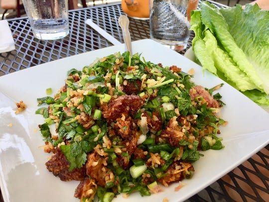 The delicious Nam Kaow appetizer at Thai Hut.