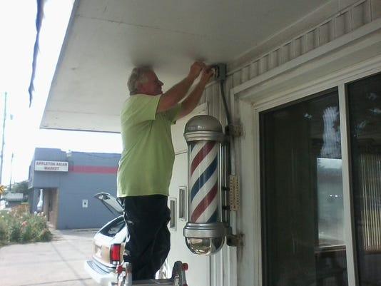 636396957729696541-Harry-Coenen-s-Barber-Shop.jpg