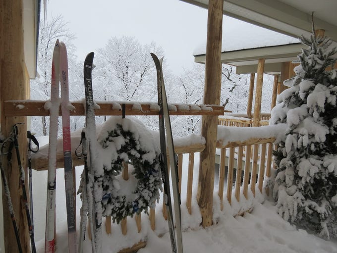 Skis, holiday decorations – and plenty of snow, at