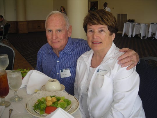 Larry and Mary Agnes Rambin at Meals on Wheels Volunteer