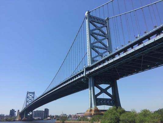 636616382675737575-bf-bridge.jpg