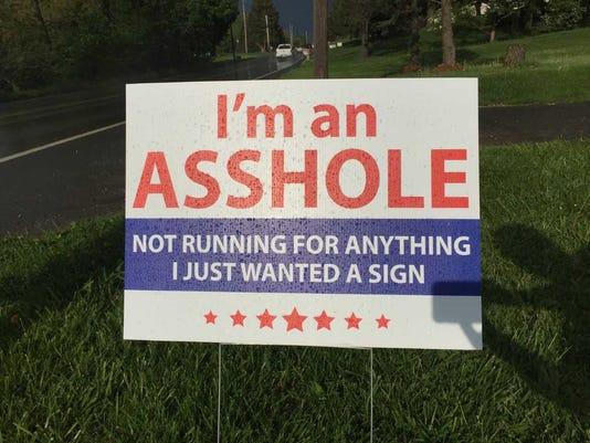 636618849844987362-asshole-sign.jpg