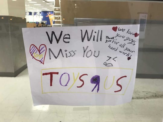 Several children made hand-drawn pictures saying goodbye