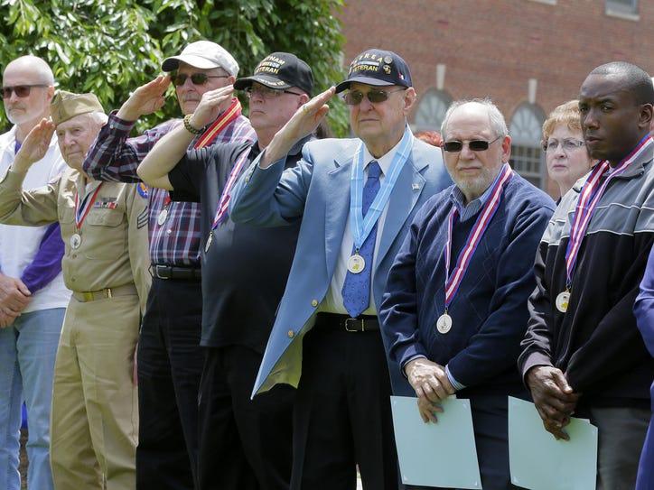 MOR 0525 Morris veterans 335625001