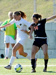 Red Lion's Gia Sweeney, left, and Central York's Bre