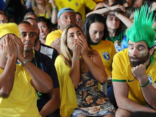 WCup_US_Brazil_Fans_48251.jpg