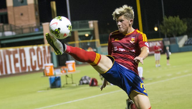 Arizona United forward Cameron Vickers tries to control the ball against Chula Vista F.C. during the U.S. Open Cup second-round game at Scottsdale Stadium May 20, 2015.