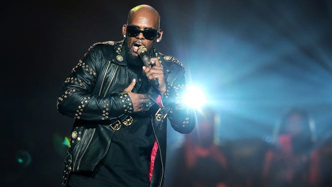 R&B artist R. Kelly plays to the crowd at the FedExForum  during his Buffet Tour show in September 2016.