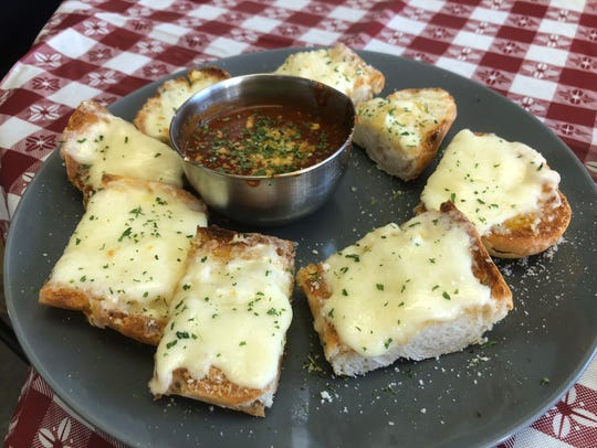 Fresco Italian Kitchen's made-to-order garlic bread