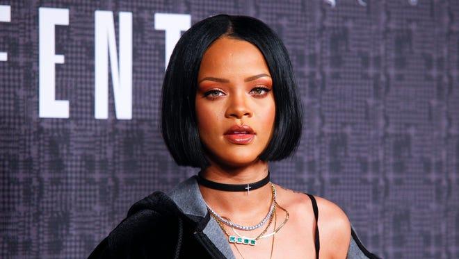 Rihanna Navy, rejoice!