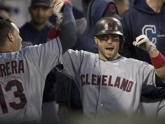 Indians Top White Sox 7 1 Half Game Out In Wild Card
