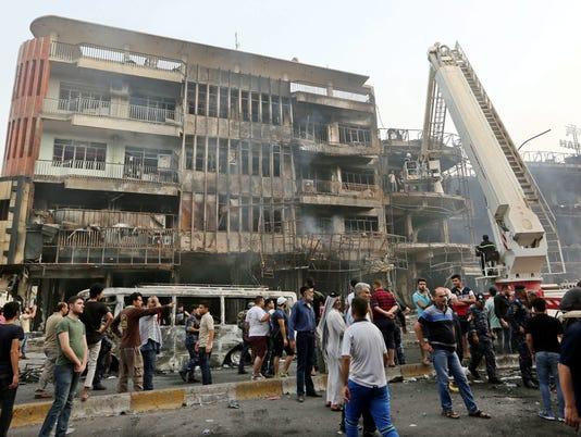 EPA IRAQ BAGHDAD CAR BOMB BLAST WAR ACTS OF TERROR IRQ IR