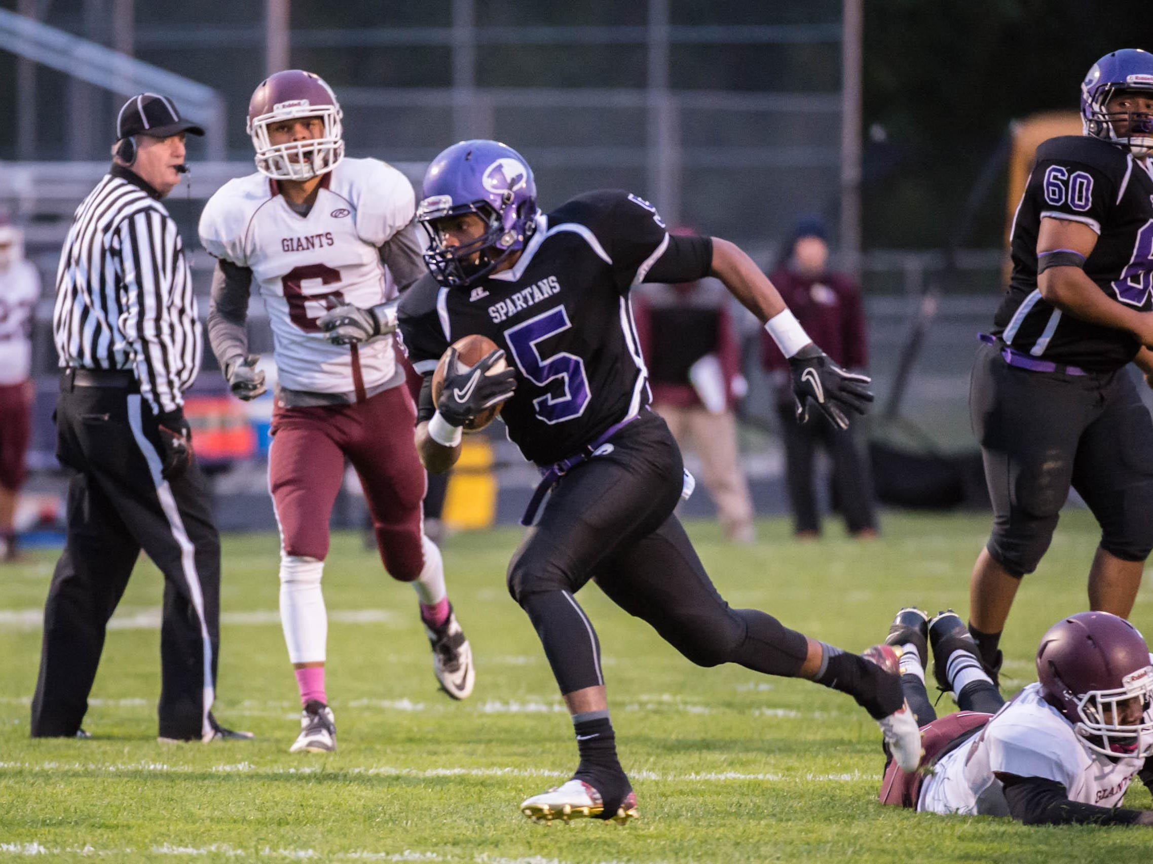 Lakeview's Dre'On Kemp advances the ball against Kalamazoo Central Friday evening.