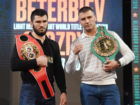 Artur Beterbiev's showdown with Oleksandr Gvozdyk (right) is the biggest fight in his career.  Photo by Ethan Miller / Getty Images