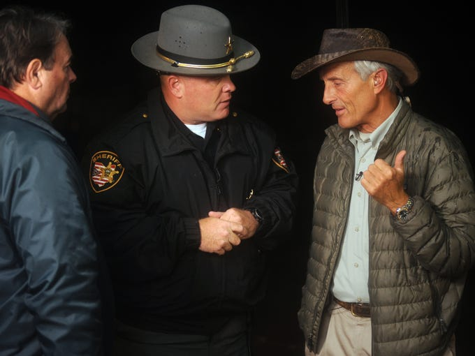 Muskingum County Sheriff Matt Lutz and Jack Hanna speak