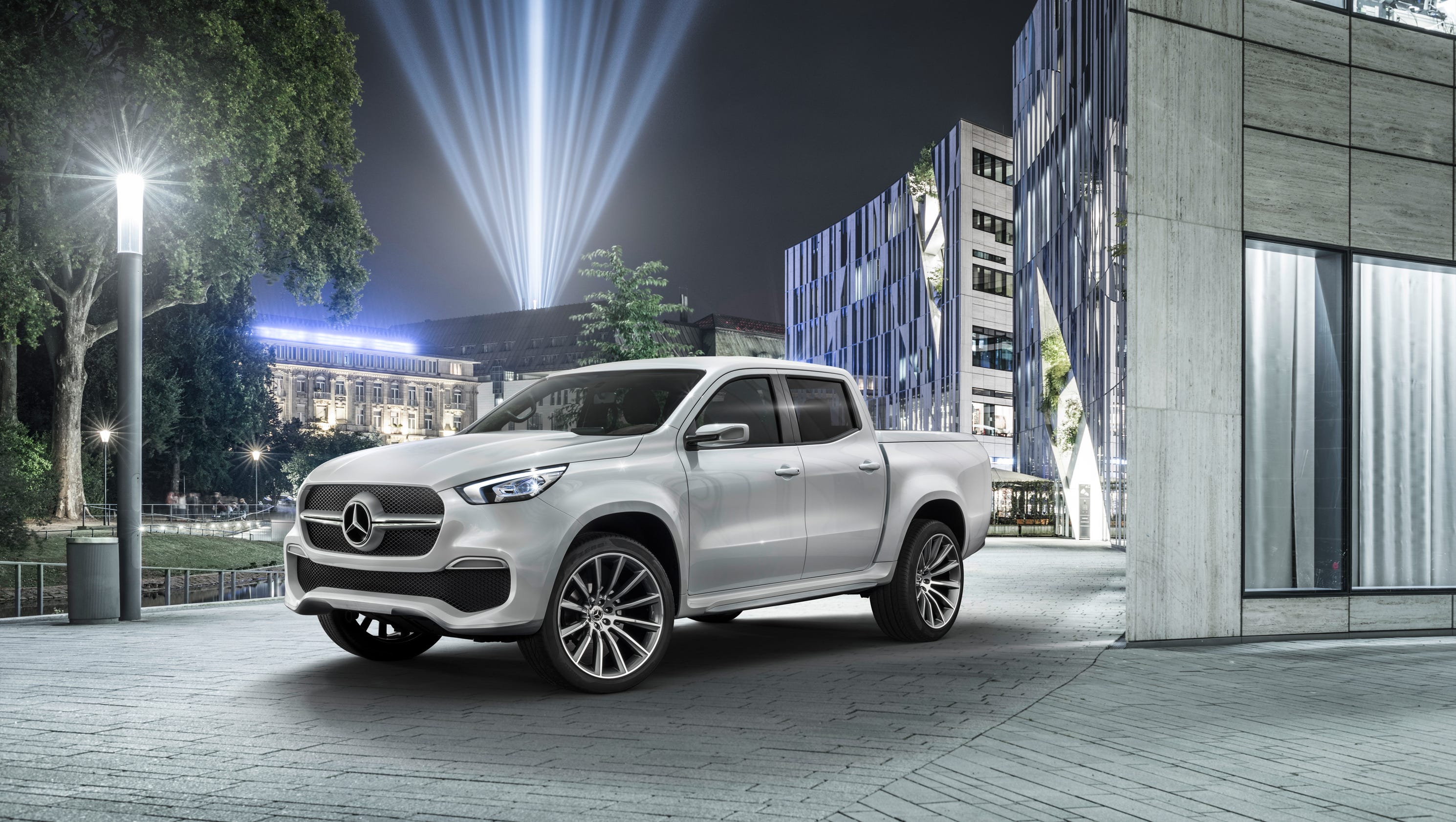 Mercedes benz reveals luxury pickup truck for Mercedes benz account