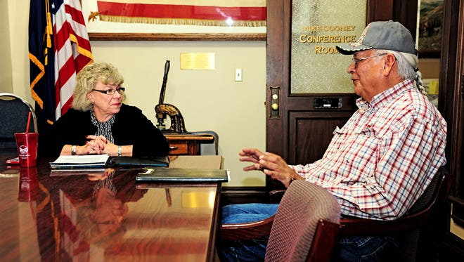 Snuffy Main meets with Secretary of State Linda McCulloch to discuss voting in Indian country.