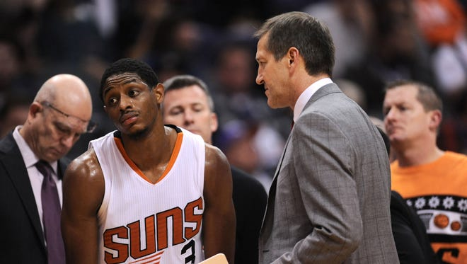 Dec 23, 2015: Phoenix Suns guard Brandon Knight (3) and Phoenix Suns head coach Jeff Hornacek react against the Denver Nuggets during the second half at Talking Stick Resort Arena. The Nuggets won 104-96.
